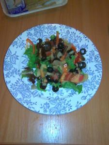 Салат зелёный с грибами